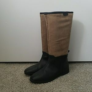 ZARA basic two tone boots with faux fur lining